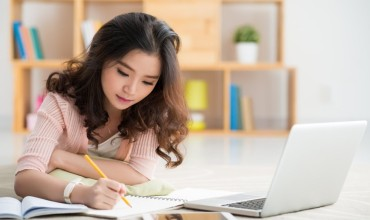 Is it Better to hire an Essay Writing Service?